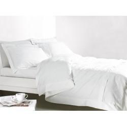 Луксозен спален комплект...